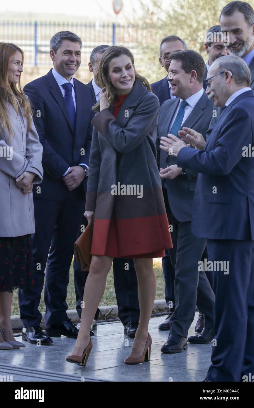 "Toledo, Spain. 19th Jan, 2018. Queen Letizia Ortiz during visit to "" Joma Sports "" headquarter in Toledo on Friday - Stock Image"