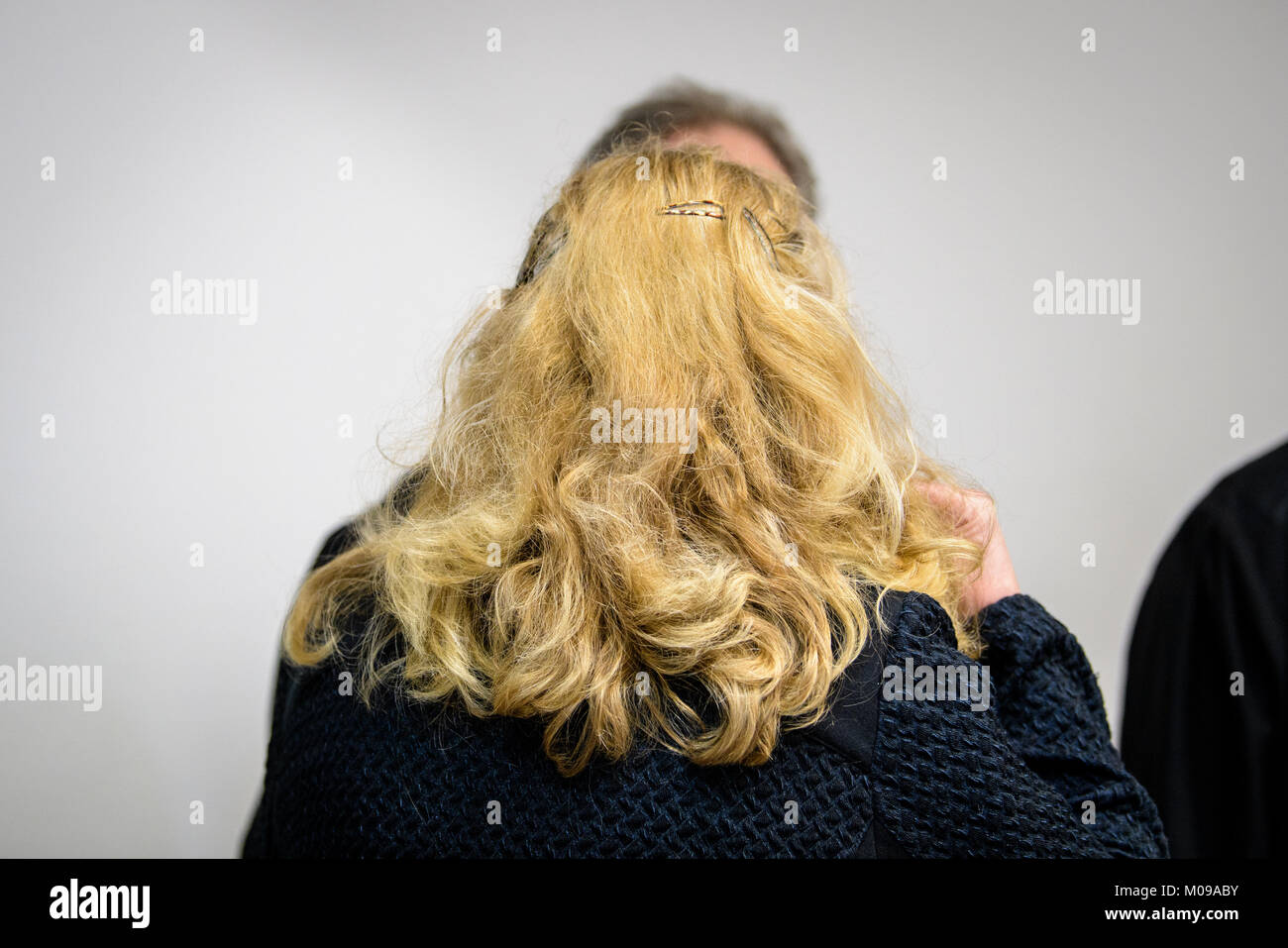 Munich, Germany. 19th Jan, 2018. Defendant Renate W. speaks with her lawyers in the court of Munich, Germany, 19 - Stock Image