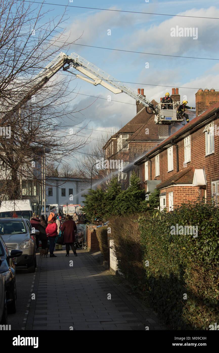 Dagenham, UK. Friday 19th January 2018. Dagenham - house fire 19 January 2018 Eight fire engines and 58 firefighters - Stock Image