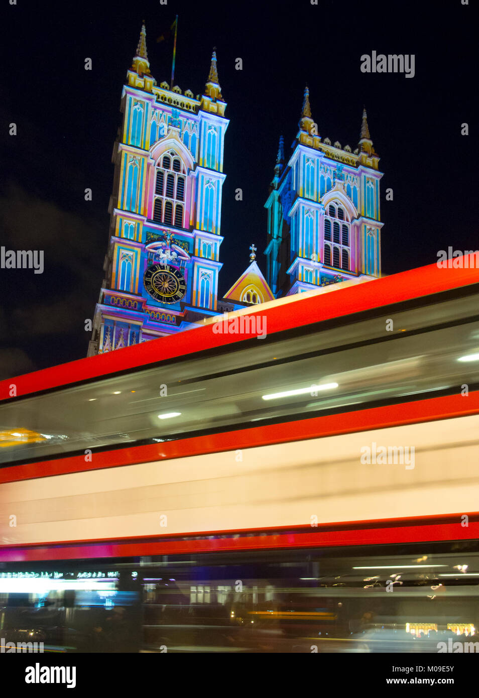 London, UK. 19th January, 2018. The West front illumination of Westminster Abbey ' The light of the spirit[ - Stock Image