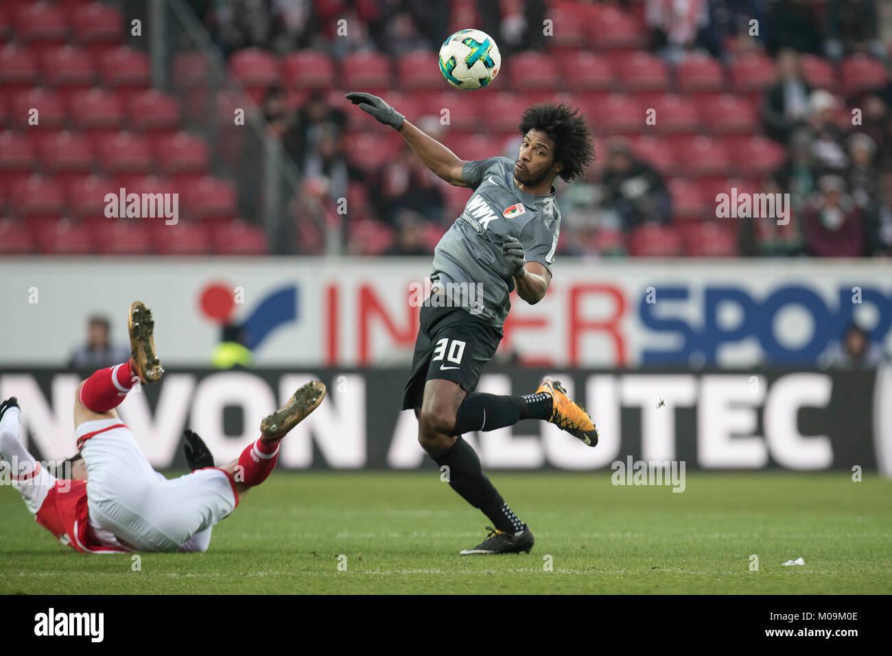 CAIUBY (A) in eigenwilliger Aktion; links kullert ein Mainzer Spieler; Spielszene; Fussball 1. Bundesliga, 14. matchday, - Stock Image