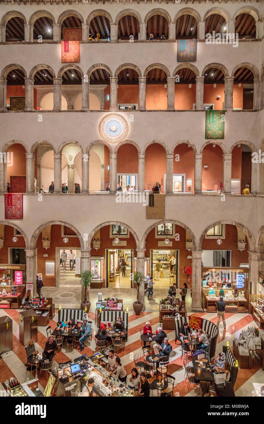 The T Fondaco dei Tedeschi luxury Mall, shopping center in Veneto, Venice, Italy, Europe. - Stock Image