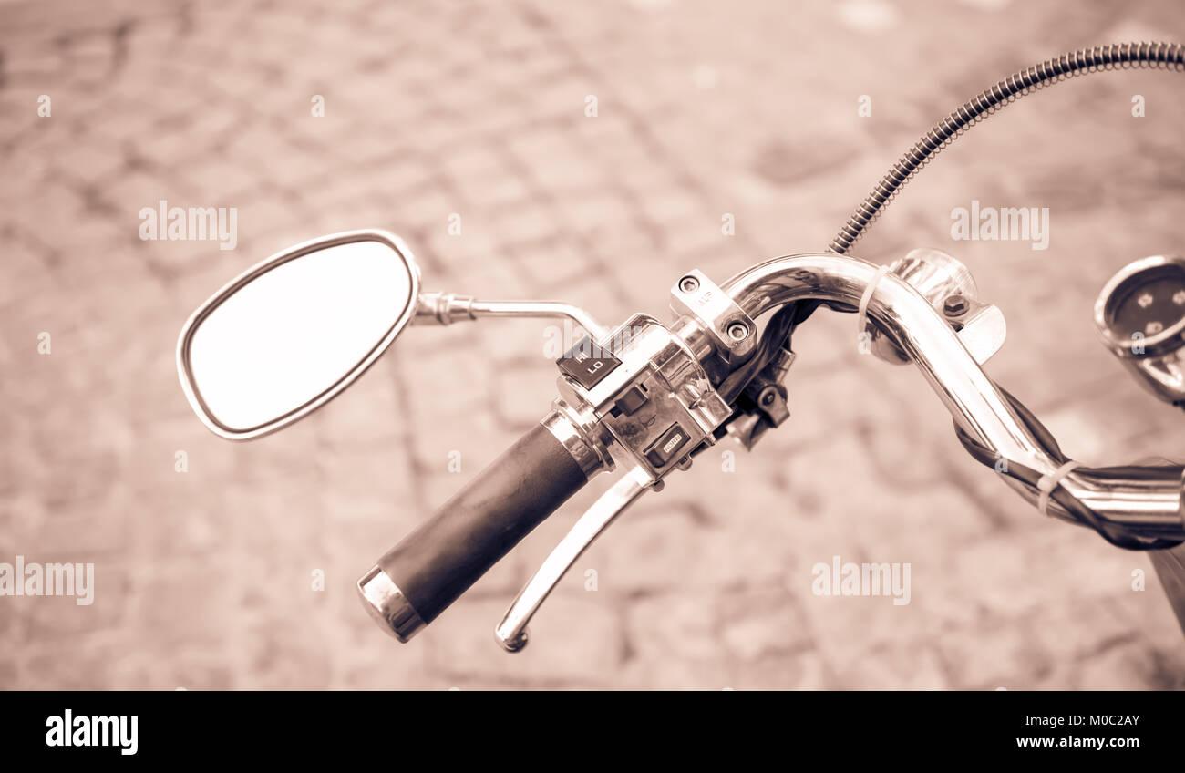 Bicycle Bike Handlebar Large Rear View Mirror Chrome//Black Vintage//Classic