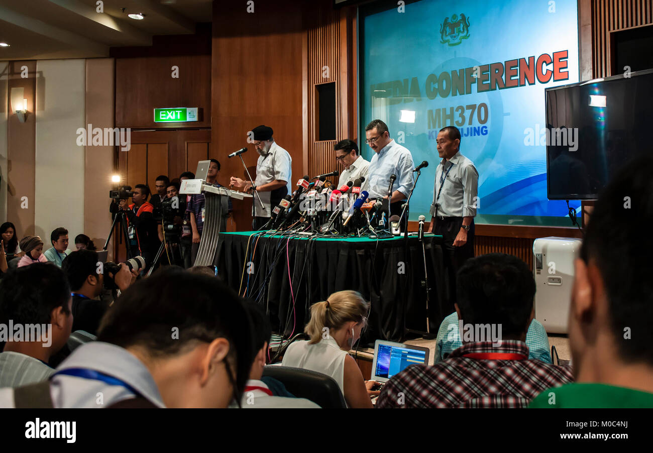 Kuala Lumpur, Malaysia. 22th March, 2014. Media briefing held at KLIA for missing MH370 plane by Dato Sri Hishammuddin Stock Photo
