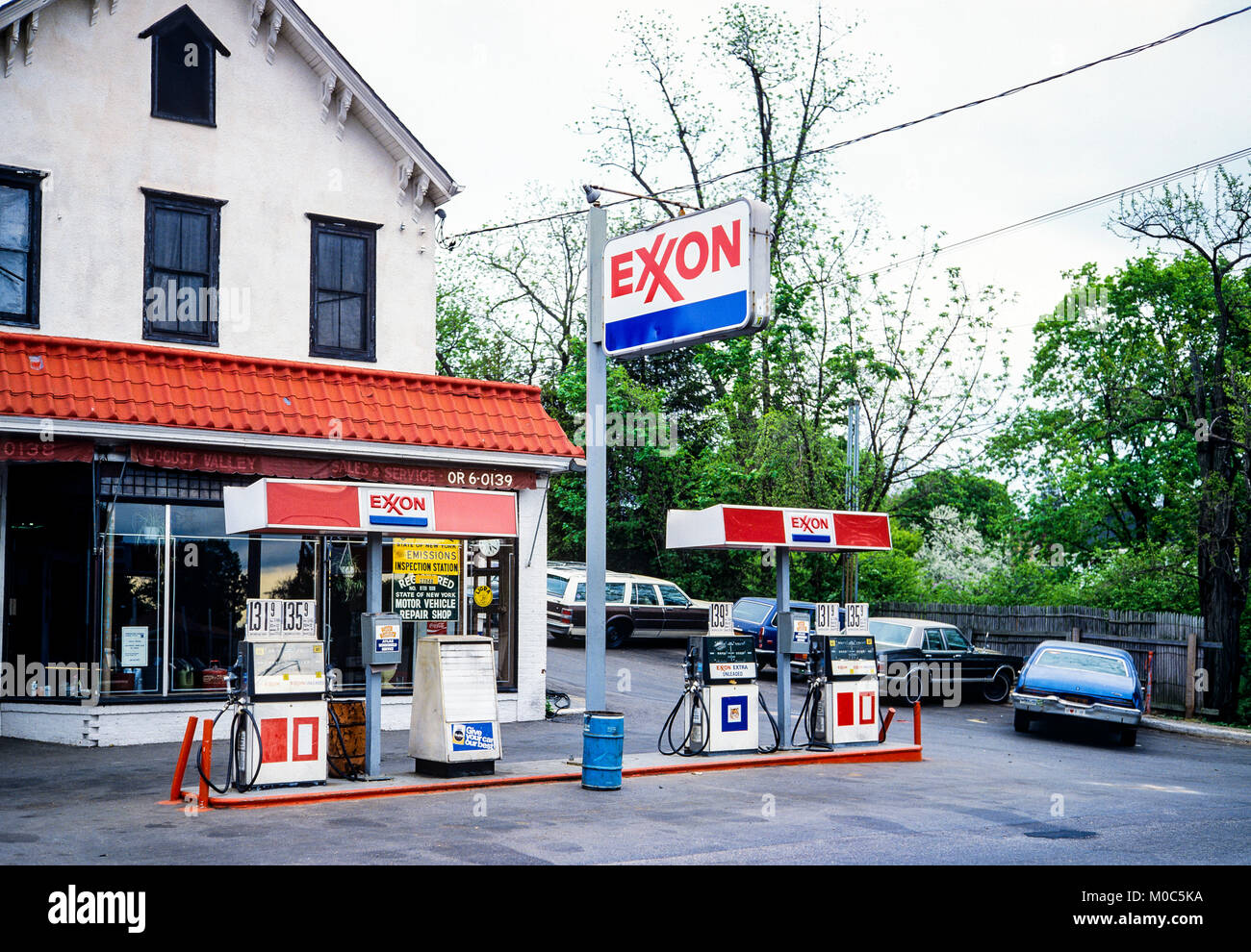 May 1982, Exxon petrol station, pumps, Long Island, New york, NY, USA, - Stock Image
