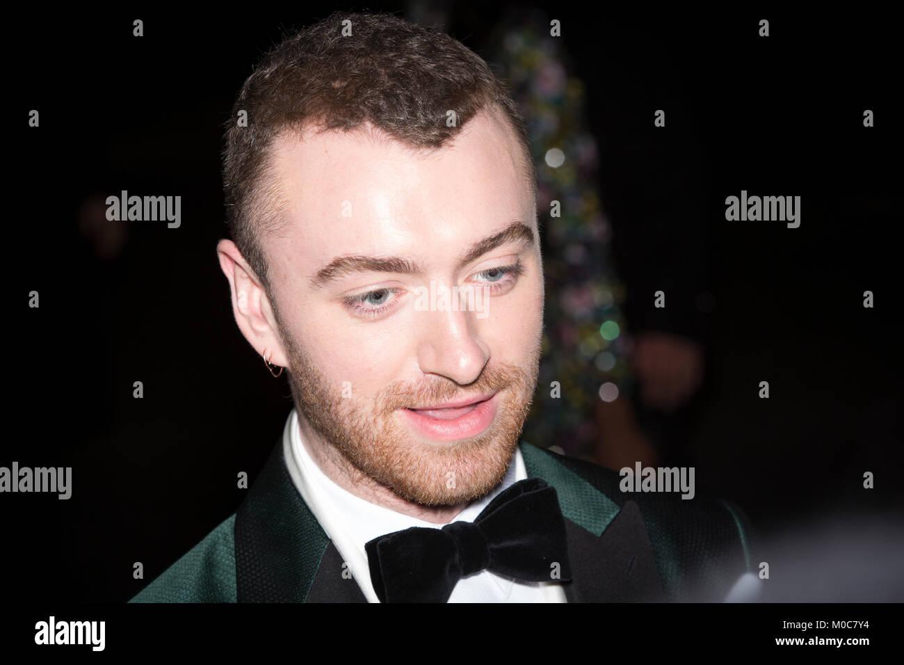 London, UK. 4th December 2017, Sam Smith , The Fashion Awards . Mariusz Goslicki/Alamy - Stock Image