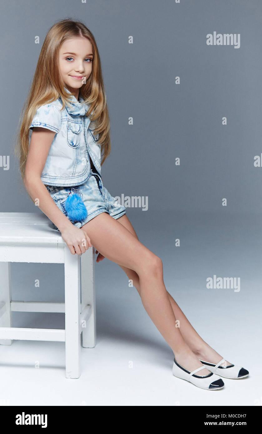 preteen girls legs
