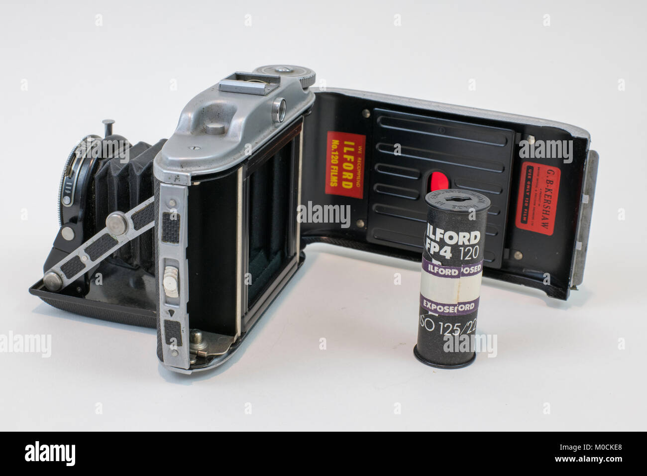 Vintage Kershaw from Leeds, 110 medium format folding Camera introduced in 1954 - Stock Image