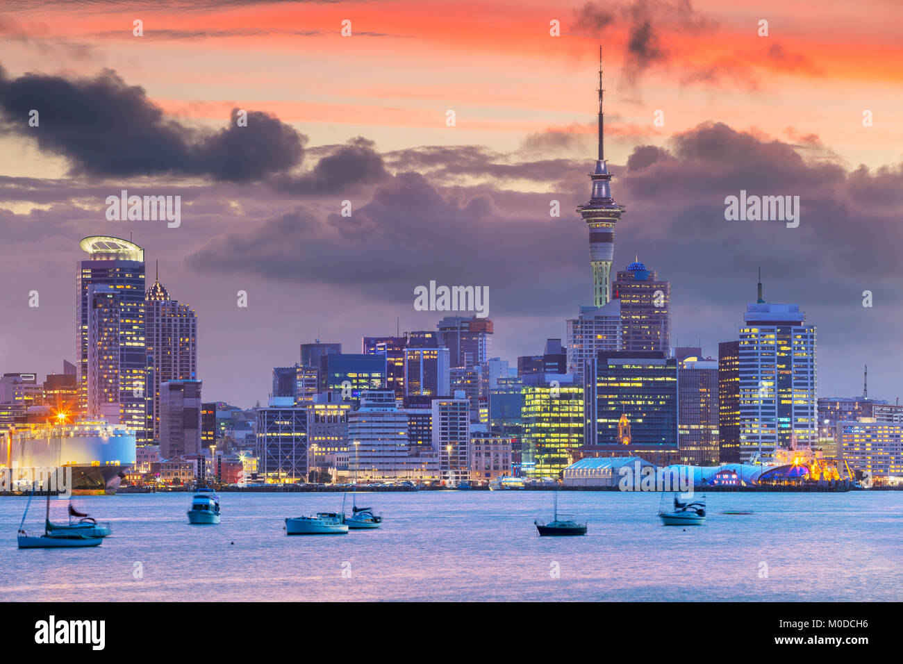 Auckland. Cityscape image of Auckland skyline, New Zealand during sunset. - Stock Image