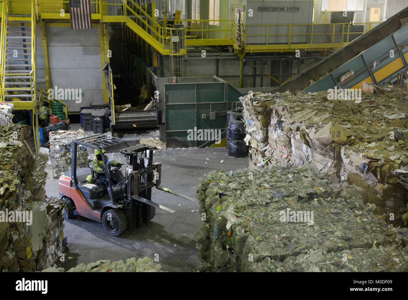 Recycling transfer facility, Rockland County, NY - Stock Image