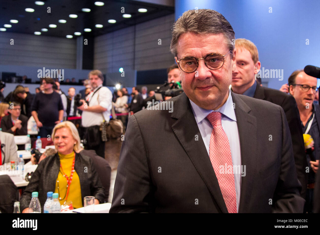 Bonn, Germany. 21 January 2018. Sigmar Gabriel attends the convention. SPD extraordinary party convention at World - Stock Image
