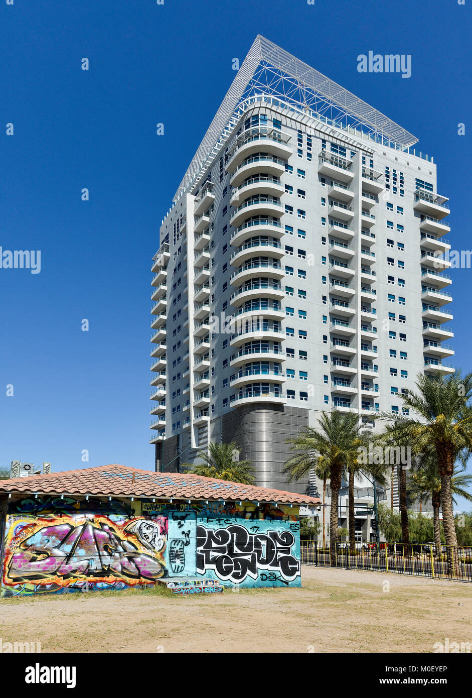 A condominium building exterior in downtown Las Vegas. - Stock Image