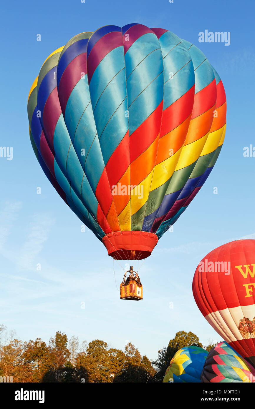 Carolina Balloon Festival, Statesville, North Carolina. Hot air balloon takeoff. - Stock Image