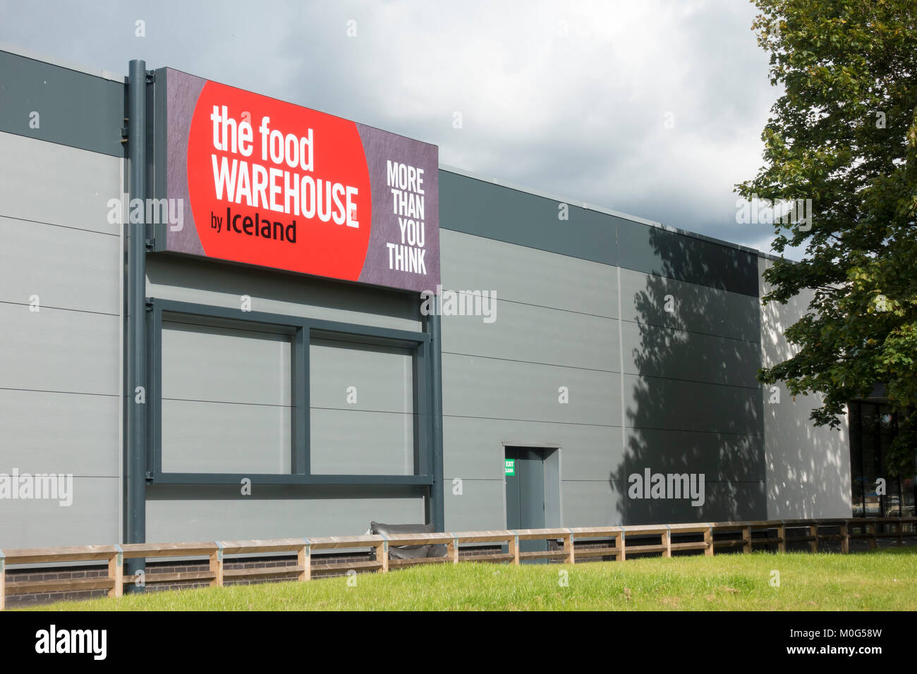 The Food Warehouse by Iceland sign in Breightmet Bolton - Stock Image