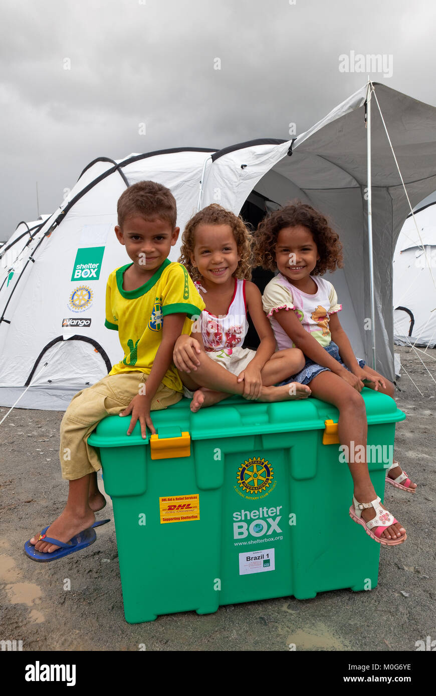 Children from the family who will receive Brazil box no. 1, Camp Brazilia Uno, Uniao Dos Palmares, Alegoas, Brazil - Stock Image
