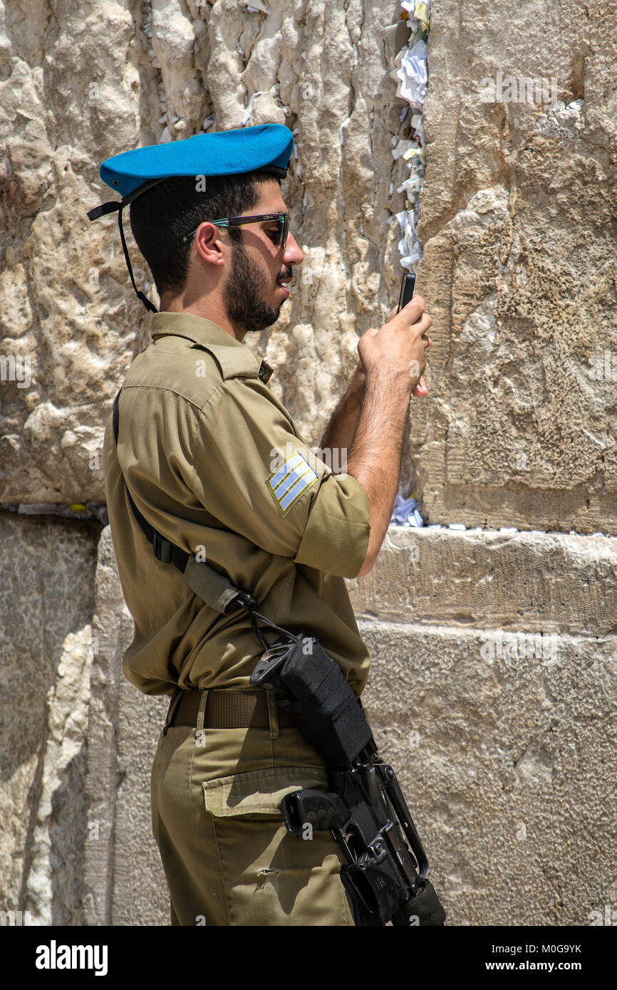 Israeli soldier at the Wailing Wall. © Antonio Ciufo - Stock Image
