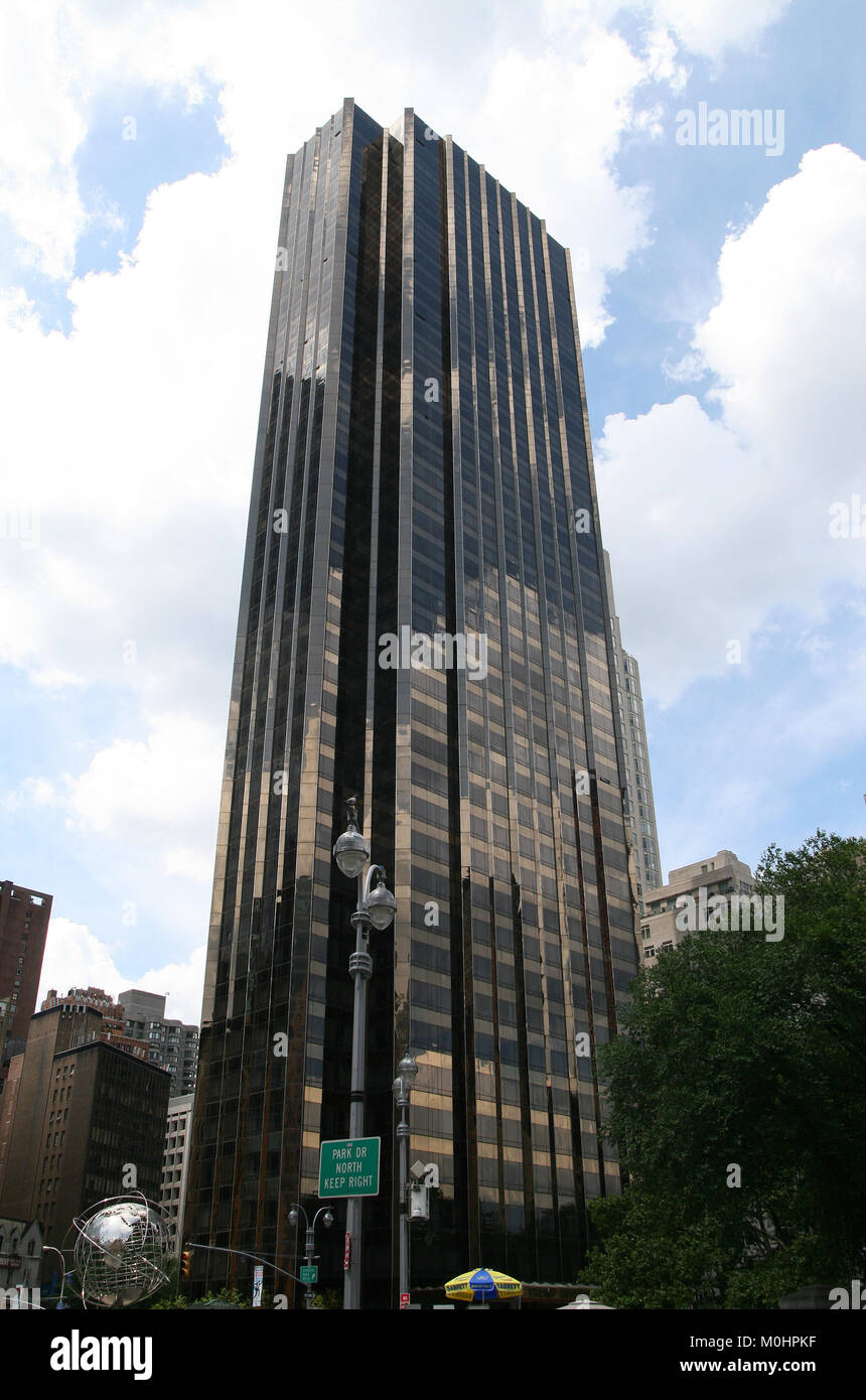 The Trump International Hotel And Tower 1 Central Park West On Stock Photo Alamy