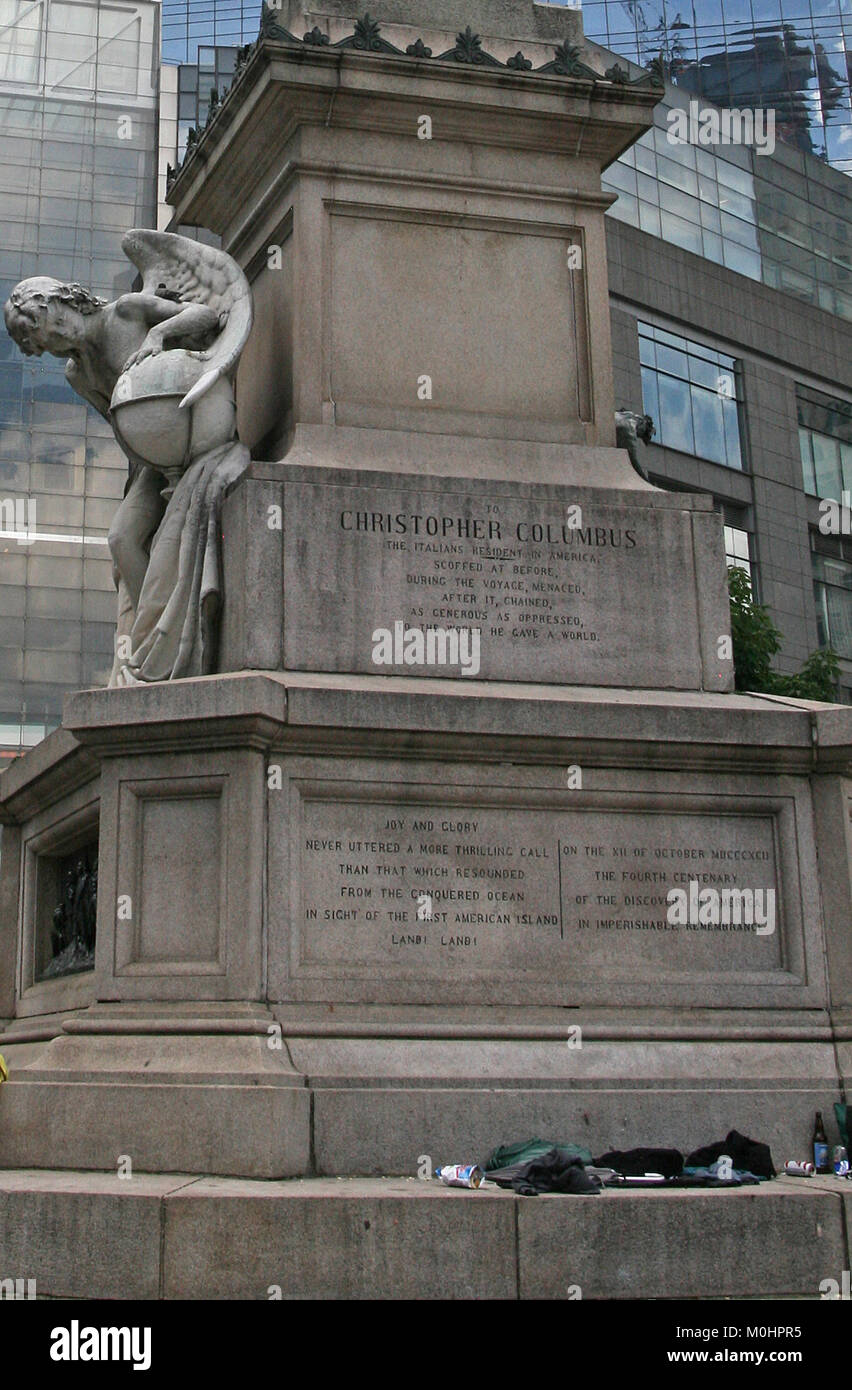 The statue of Columbus by Gaetano Russo in the middle of Columbus Circle, Columbus Circle, between Broadway and Stock Photo