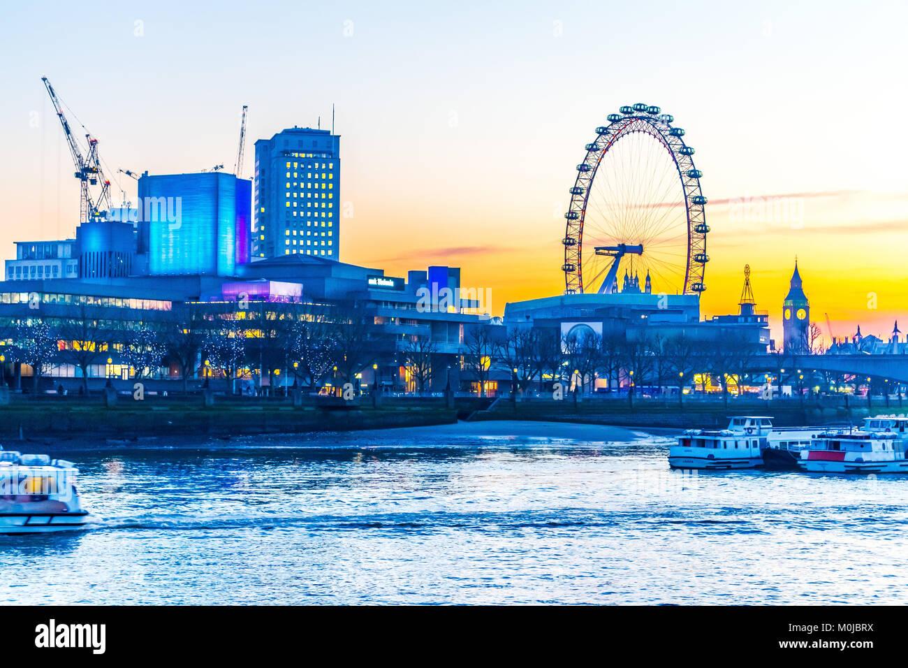 London Eye, Millennium Wheel, Embankment. - Stock Image
