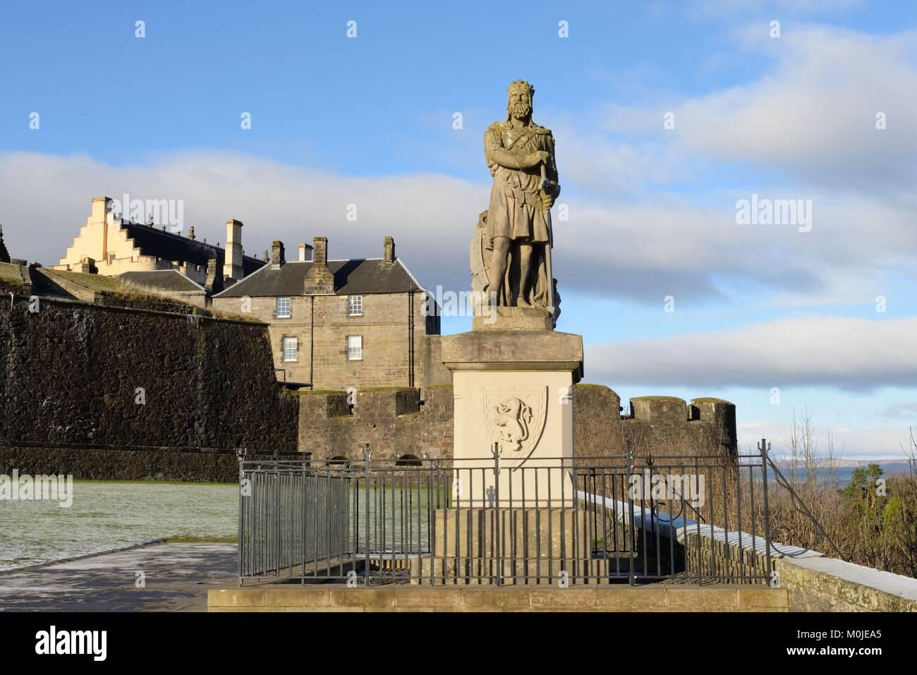 Refurbished statue of King Robert Bruce on the esplanade at Stirling Castle, Scotland, UK Stock Photo