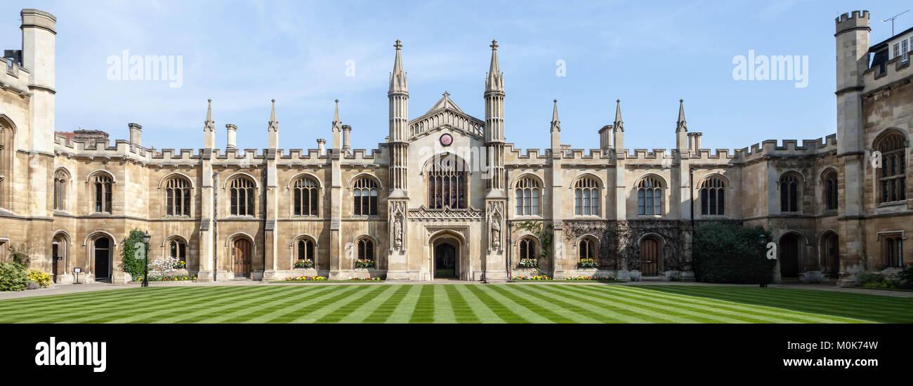 Courtyard of Corpus Christi College - University of Oxford - Stock Image