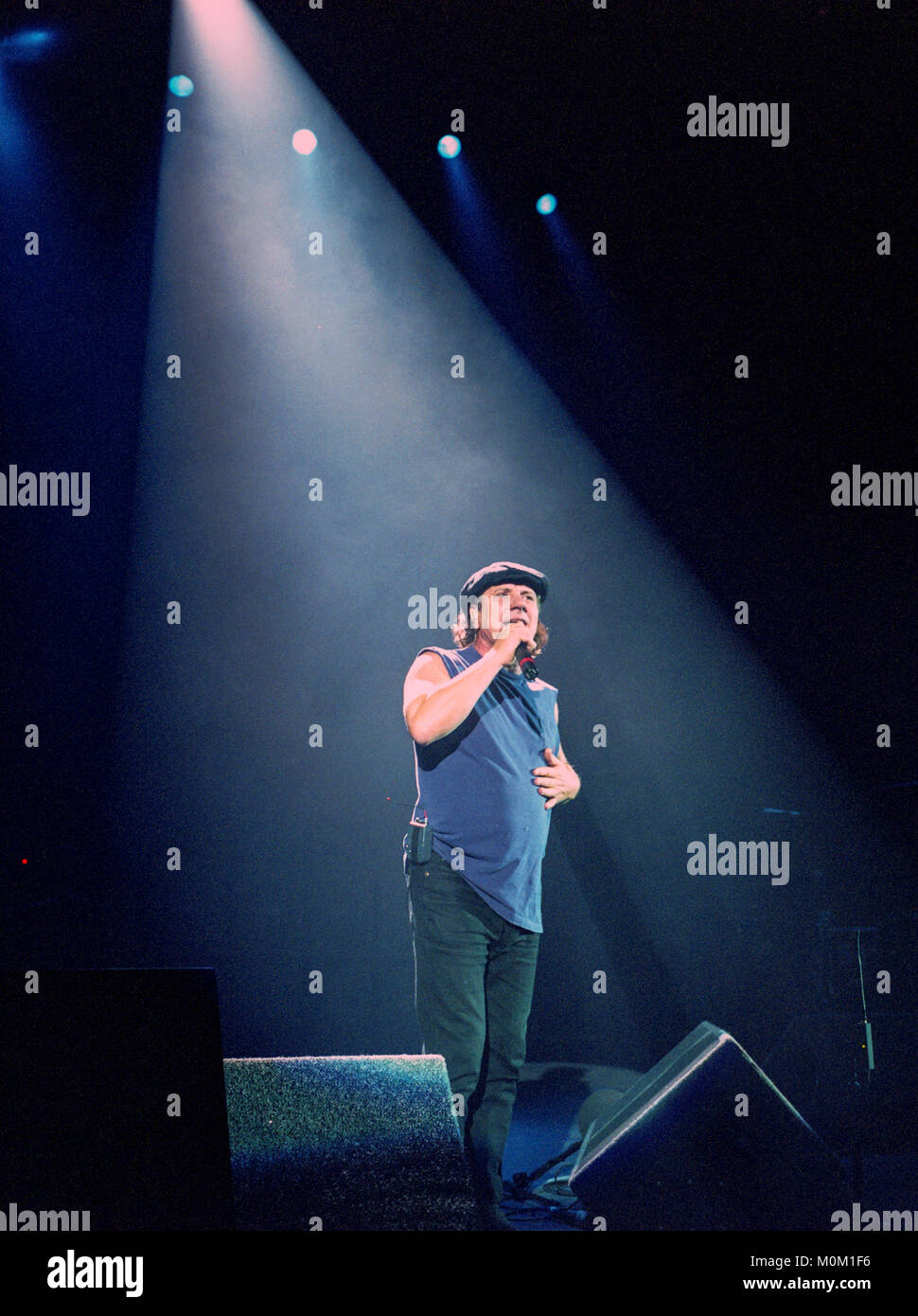 Acdc Stock Photos & Acdc Stock Images - Alamy