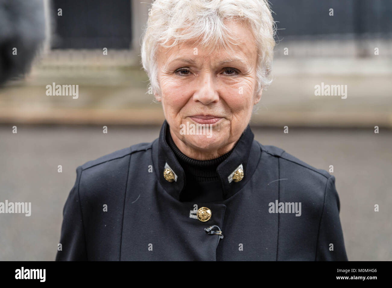 London, 23rd January 2018, Dame Julie Walters, actress and writer  arrives in Downing Street to present a Woman's Stock Photo