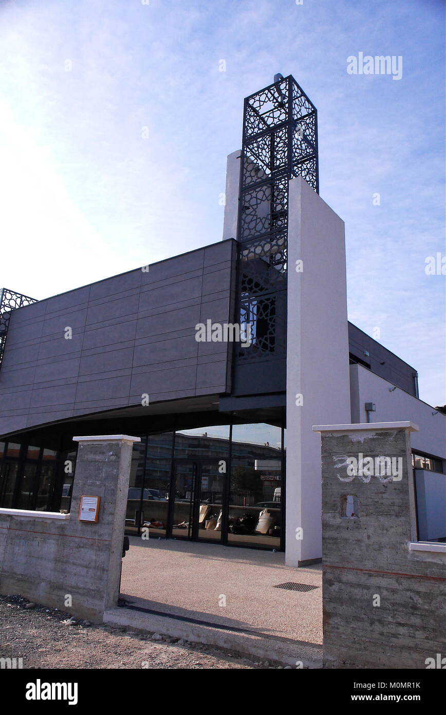 Comorian muslim community builds new mosque in Bron, France - Stock Image