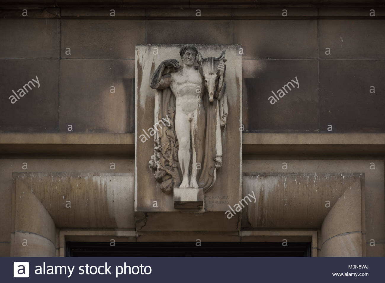 Paris, Palais Chaillot (1 Place du TrocadÈro et du 11 Novembre, 75016 Paris, Frankreich) Stock Photo