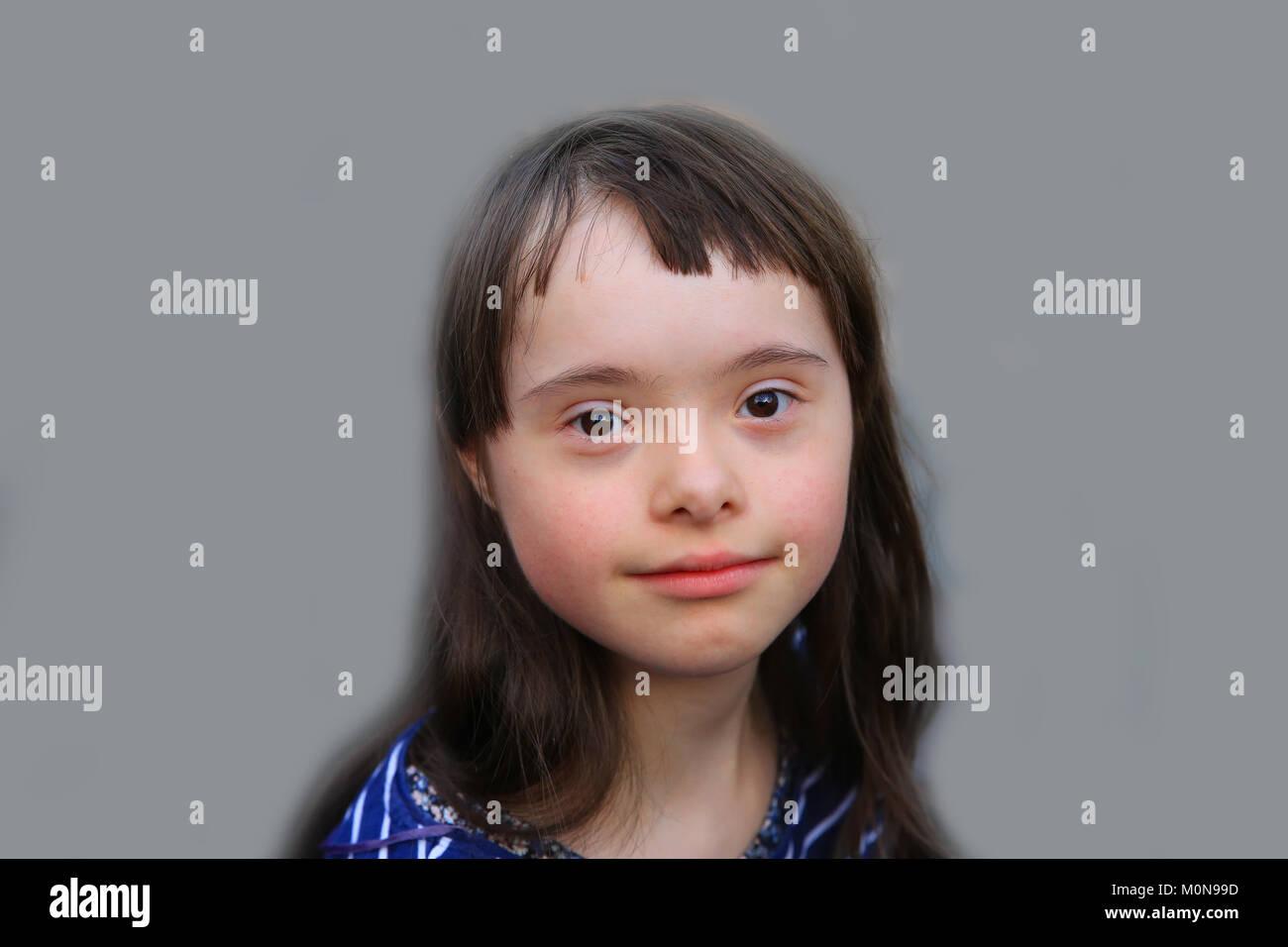eastenders-pretty-white-girl-syndrome-plug-cheerleader-kimberly