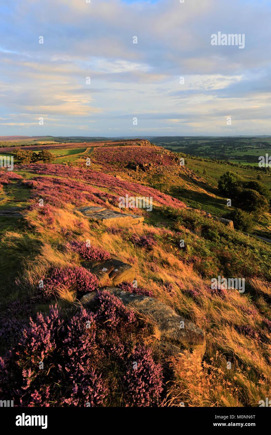 Sunset on Curbar Edge, Peak District National Park, Derbyshire, England, UK - Stock Image