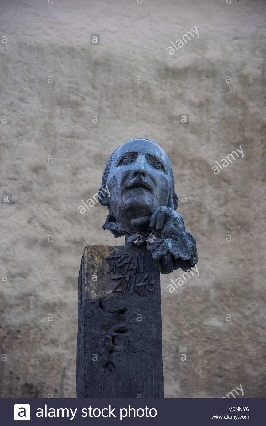 Salzburg, Kapuzinerberg, Denkmal Stefan Zweig - Stock Image