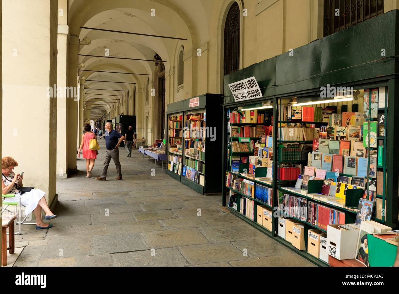 Italy,Piedmont,Turin Province,Turin,Po street,Secondhand bookstore - Stock Image