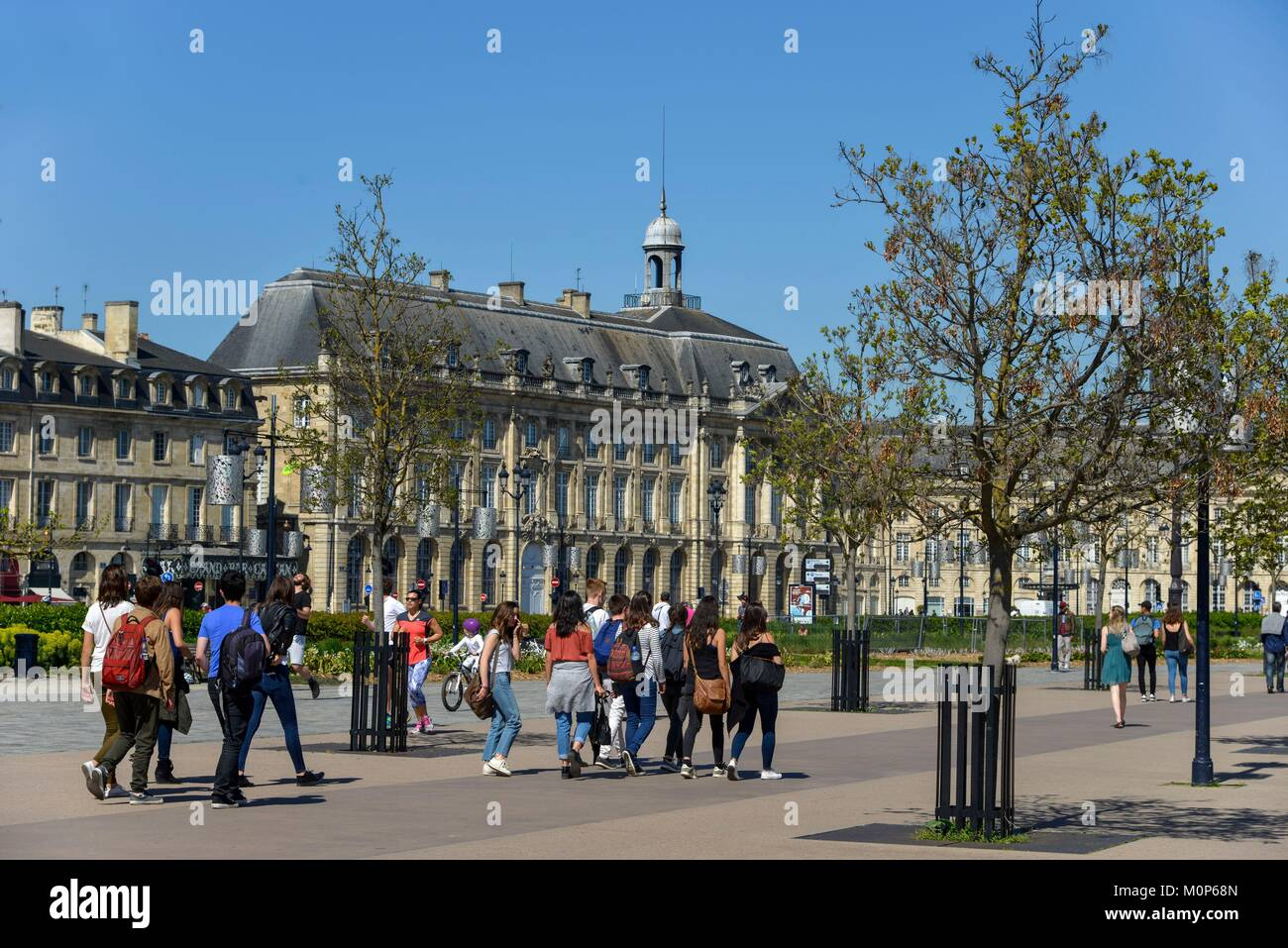 France,Gironde,Bordeaux,Quay of the Douanes,walkers on a pedestrian path - Stock Image