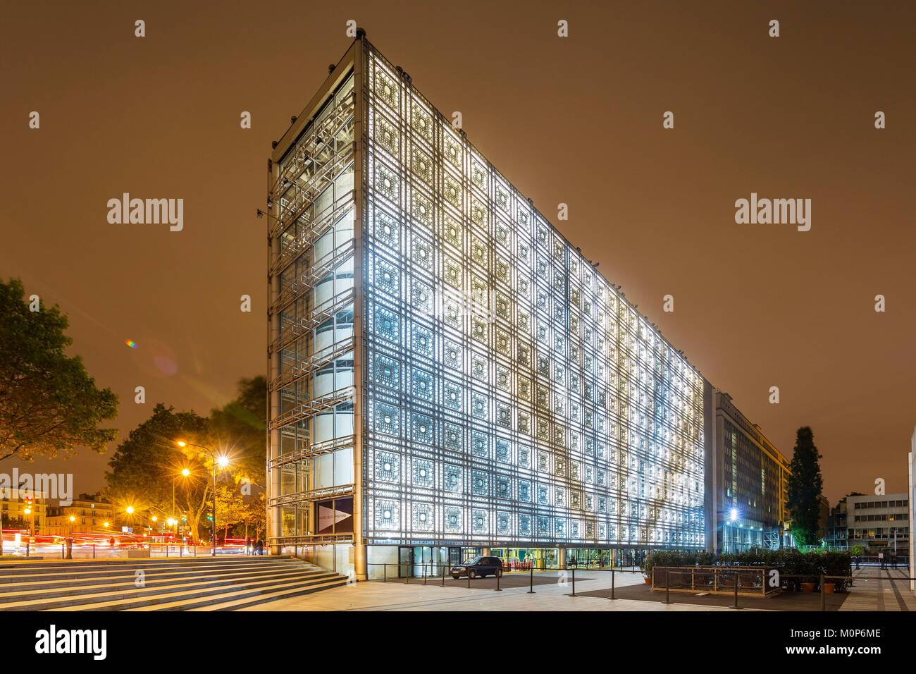 France,Paris,Institut du Monde Arabe (IMA),designed by the architects Jean Nouvel and Architecture-Studio,white - Stock Image