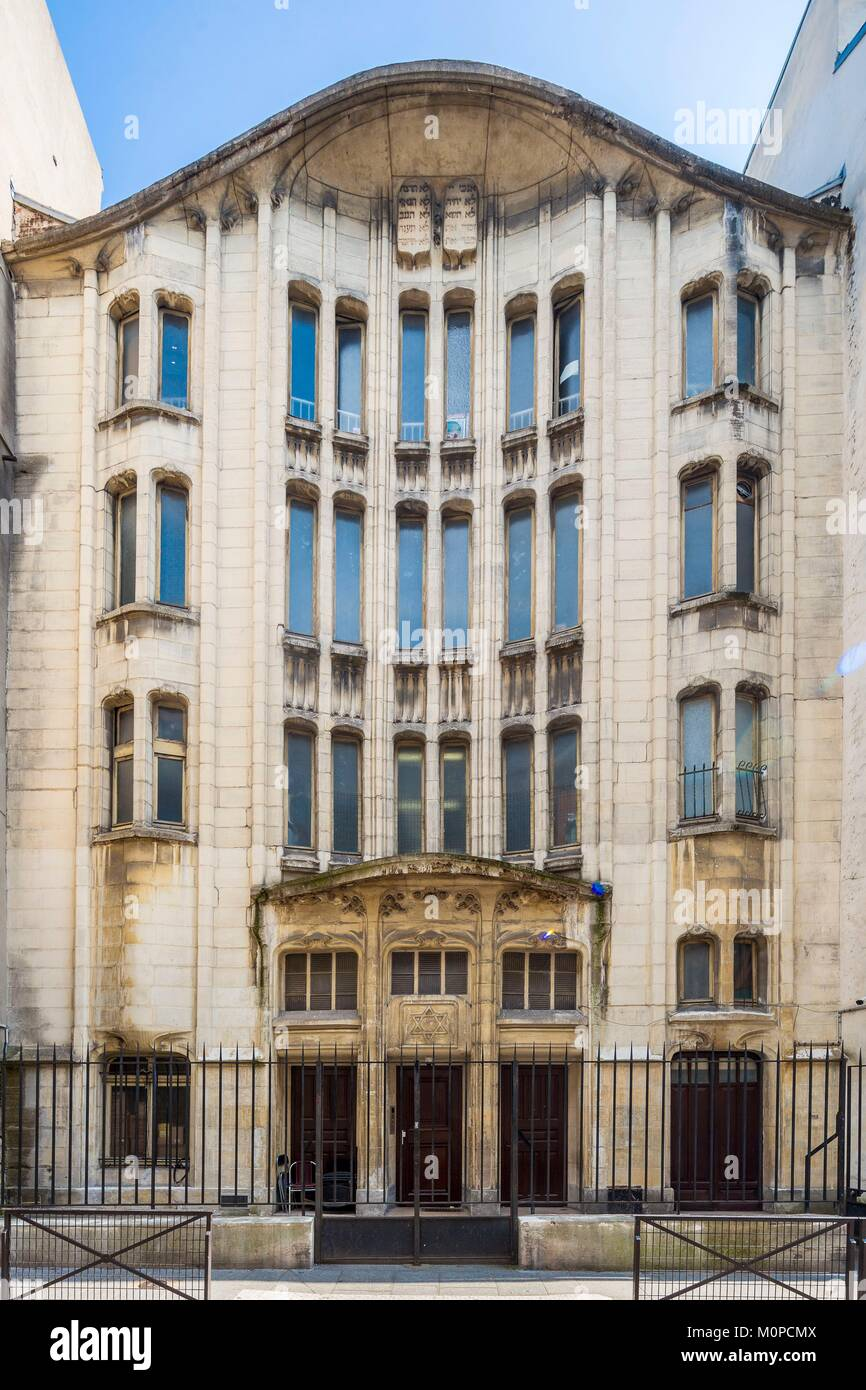 France,Paris,Jewish quarter of the Marais,synagogue 10 Pavée street,by architect Hector Guimard,master of Art - Stock Image