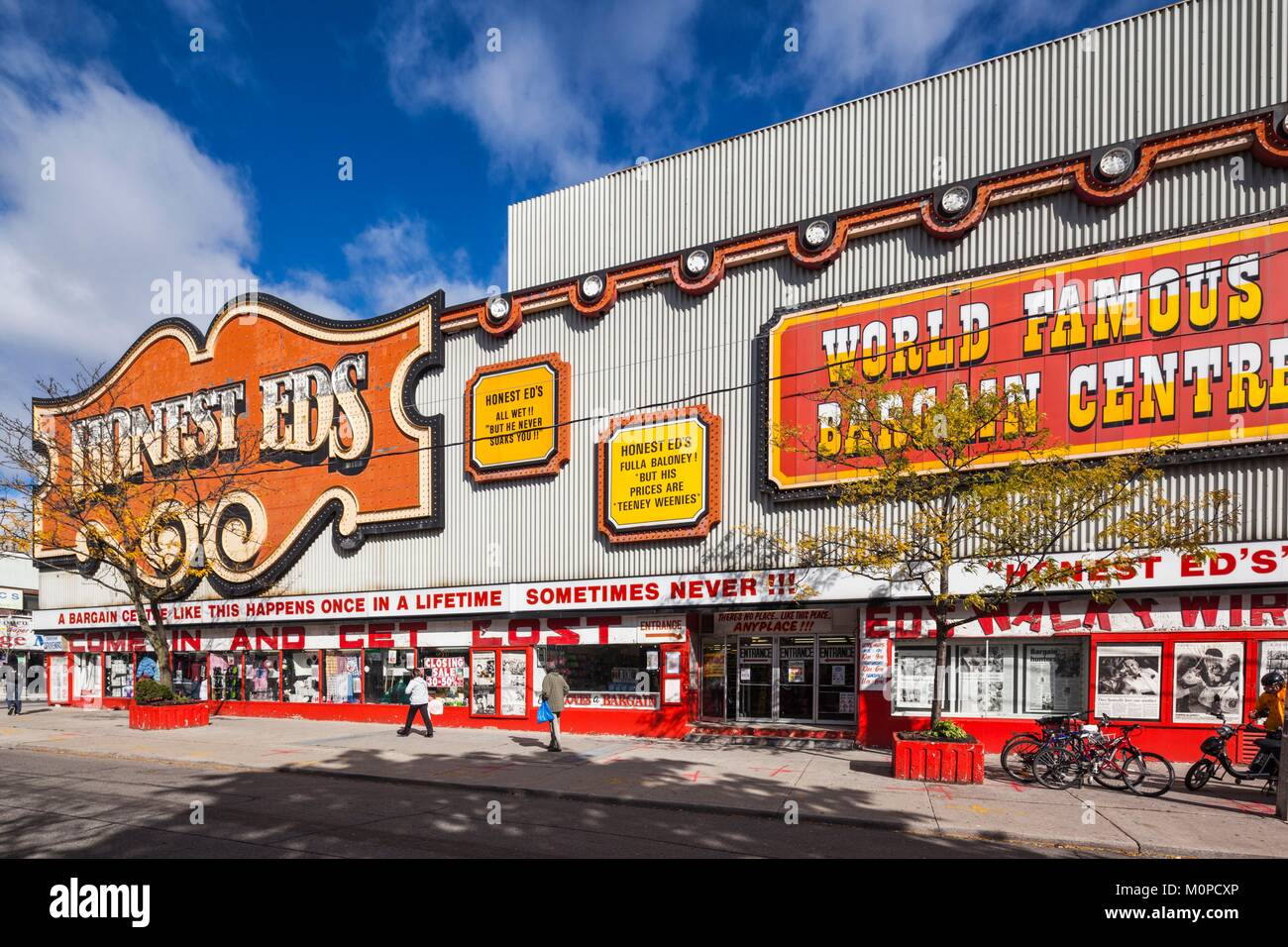 Canada,Ontario,Toronto,Honest Eds,famous store on Bloor Street West - Stock Image