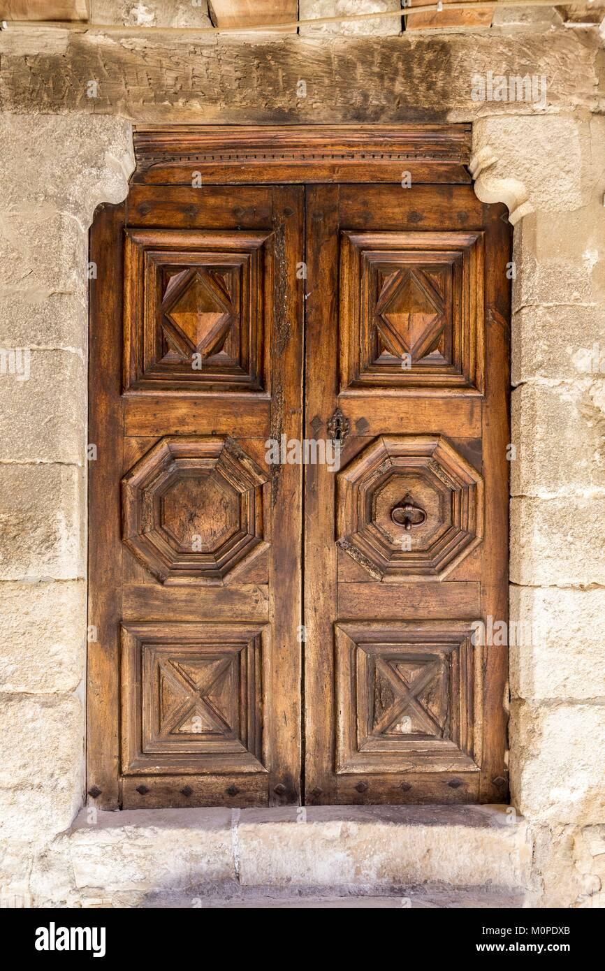 FranceVaucluseSaultwooden door sculptured in the street of the Royal Door & Royal Door Stock Photos \u0026 Royal Door Stock Images - Alamy