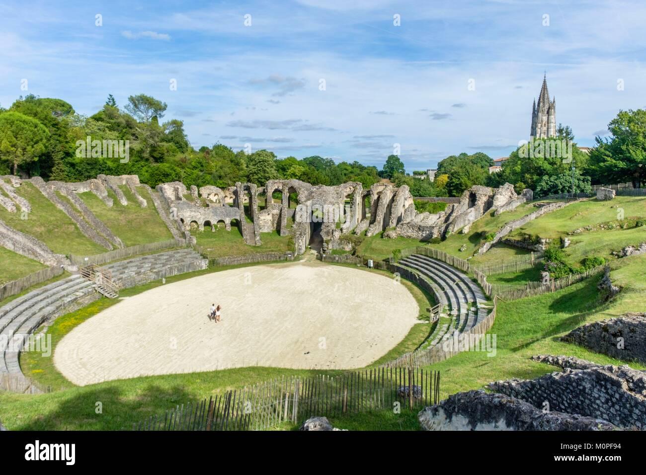 France,Charente Maritime,Saintonge,Saintes,the roman Amphitheatre built around 40 AD with a capacity of 12 000 à - Stock Image