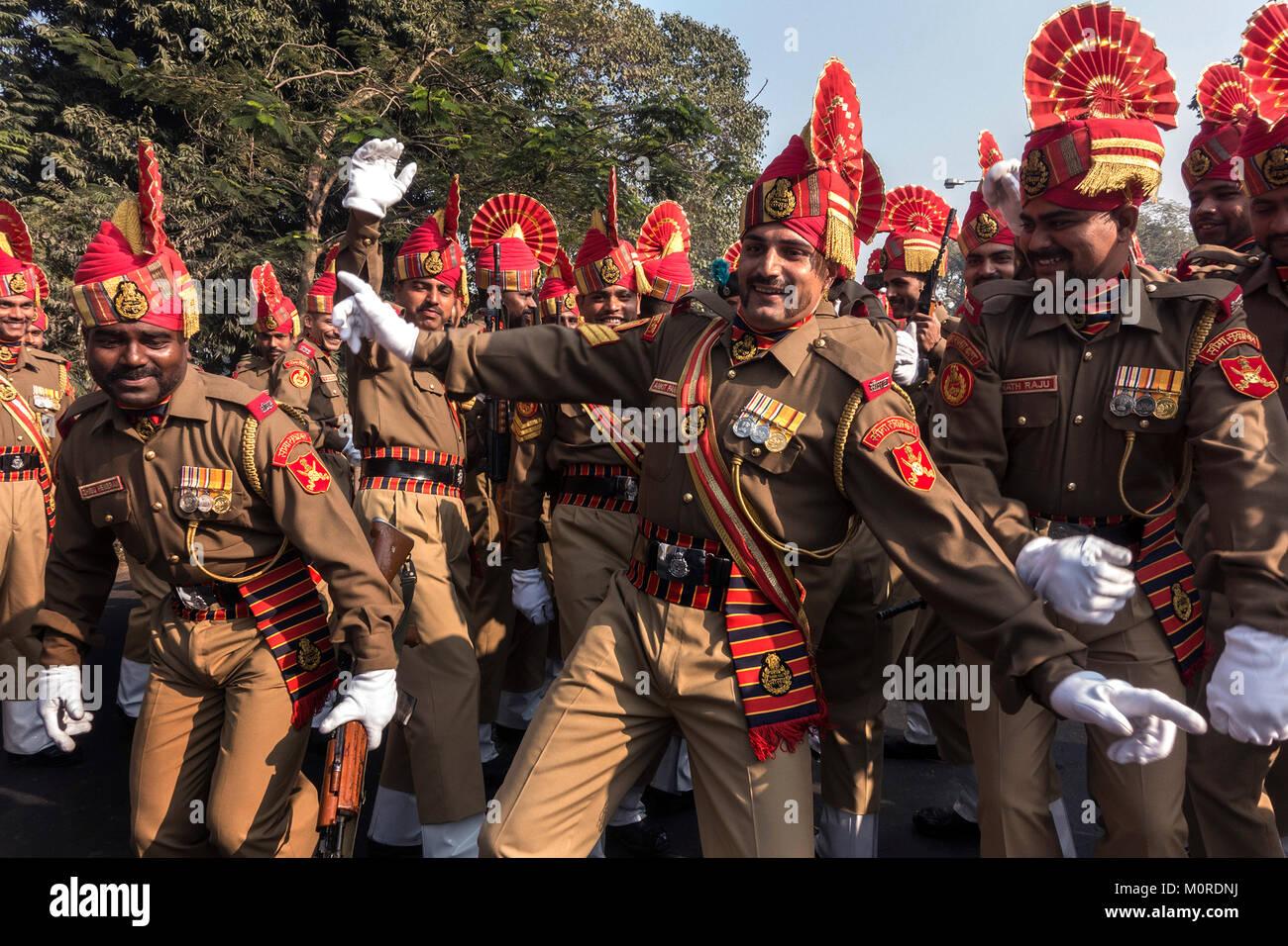 Kolkata, India. 23rd Jan, 2018. Sashastra Seema Bal or SSB cadets share lighter moment before the full dress rehearsal Stock Photo