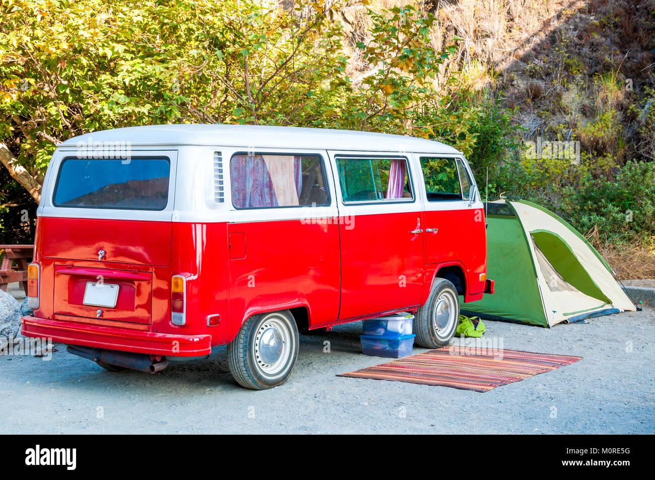 Hippie Wagon Stock Photos Hippie Wagon Stock Images Alamy