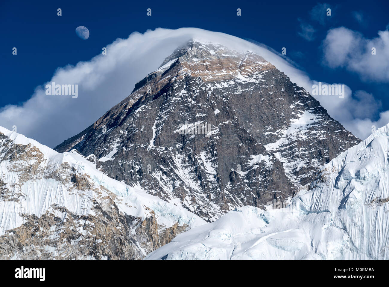 Mount Everest and rising Moon seen from Kala Patthar, Nepal - Stock Image