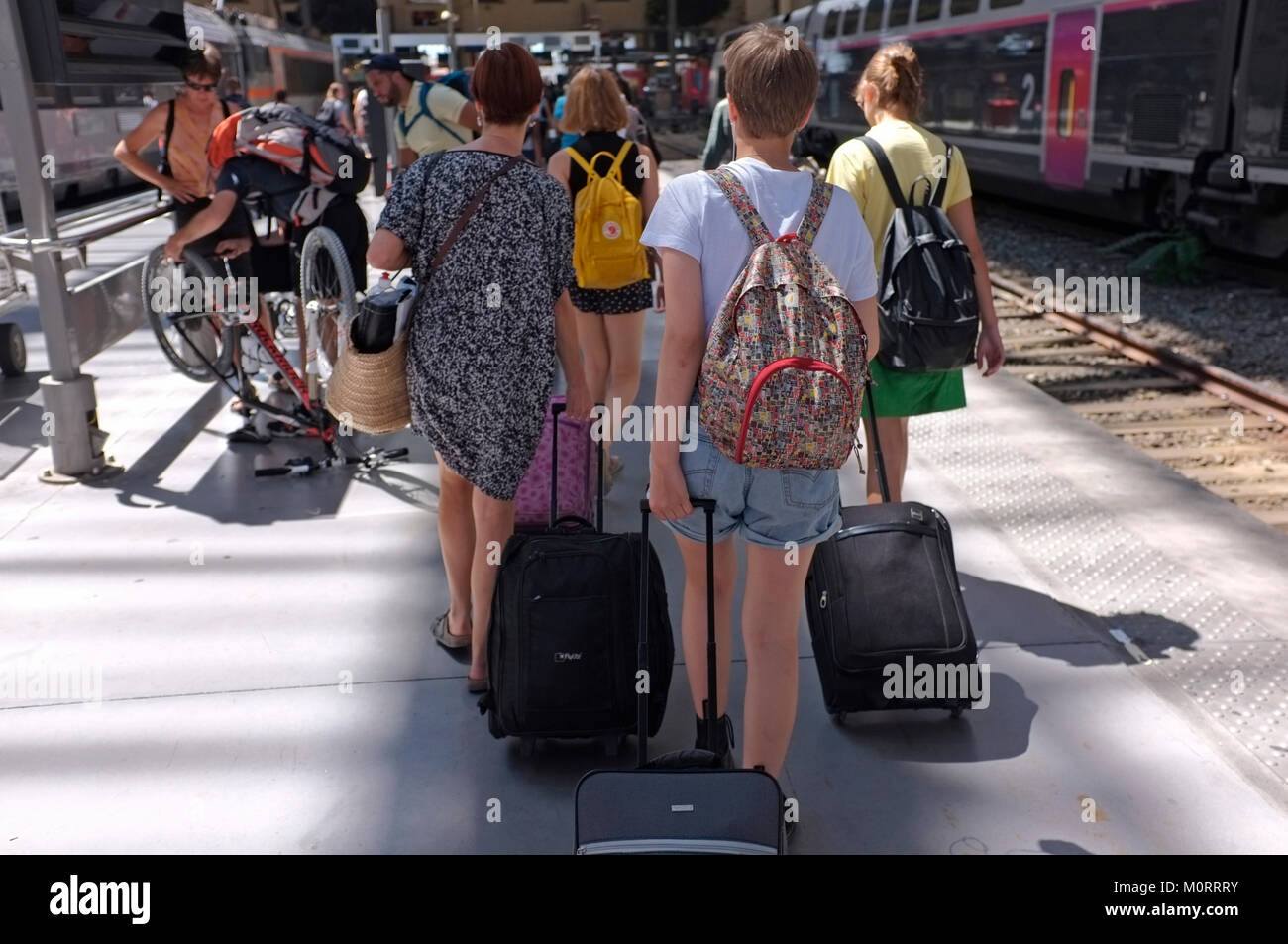 Tourists arriving at Marseille train station - Stock Image