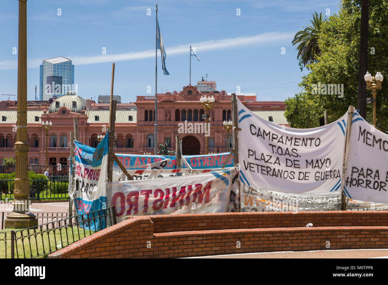 Protest banners in front of Casa Rosada in Buenos Aires, Argentina - Stock Image