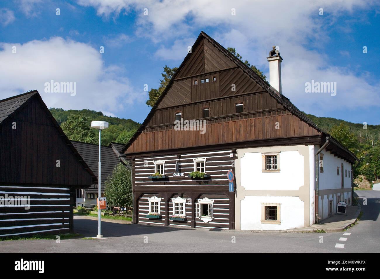 CZECH REPUBLIC, MALA SKALA - AUG 27, 2015: wooden estate Bouckuv statek from 18th cent. in Mala Skala village, Bohemian - Stock Image
