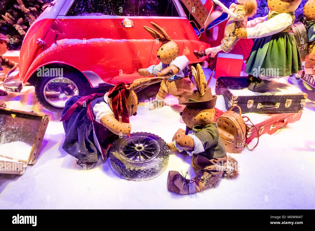 Traditional Christmas muppet show in Paris - Stock Image