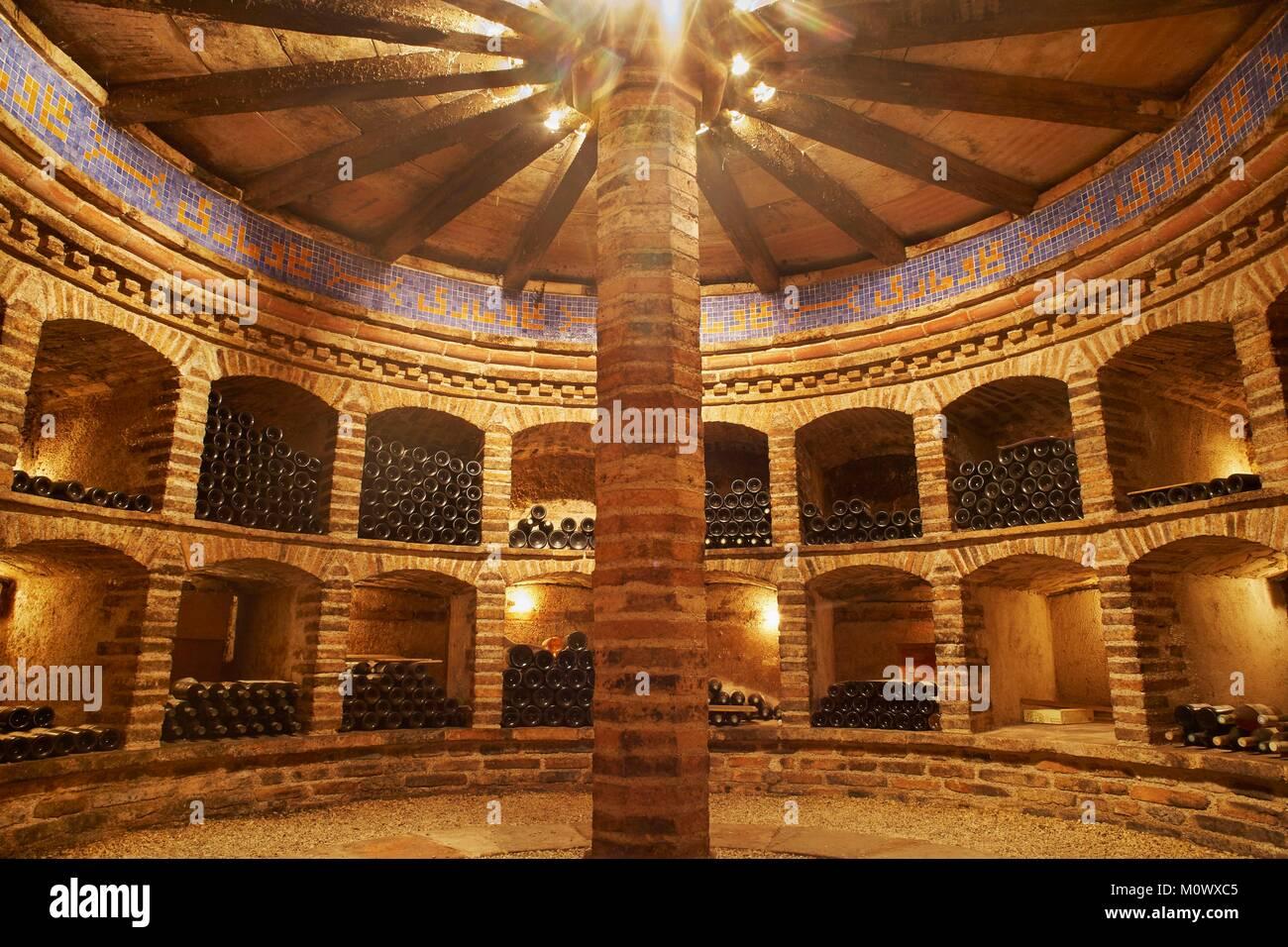 France,Tarn et Garonne,Labastide St Pierre,Wine Cellars of Chateau St Louis belonging to the vineyard AOC of Fronton - Stock Image