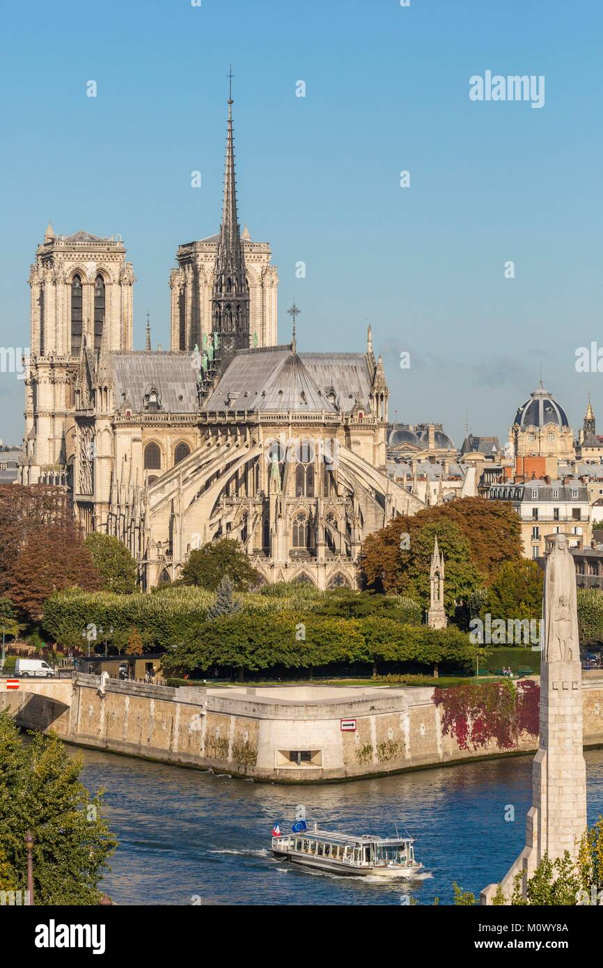 France,Paris,area listed as World Heritage by UNESCO,Ile de la cite with Notre Dame Cathedral - Stock Image