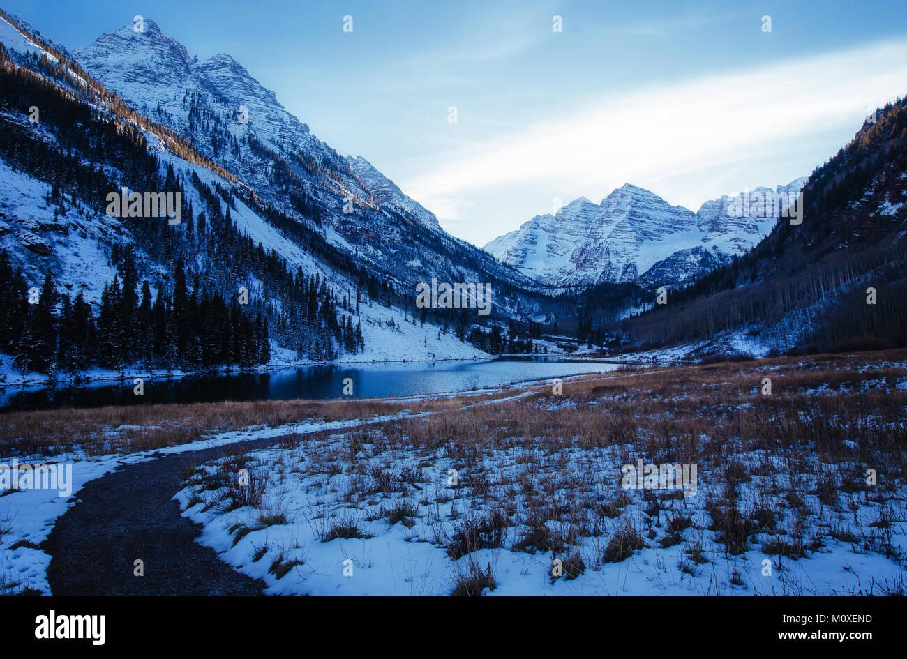 Maroon Bells in Winter - Stock Image