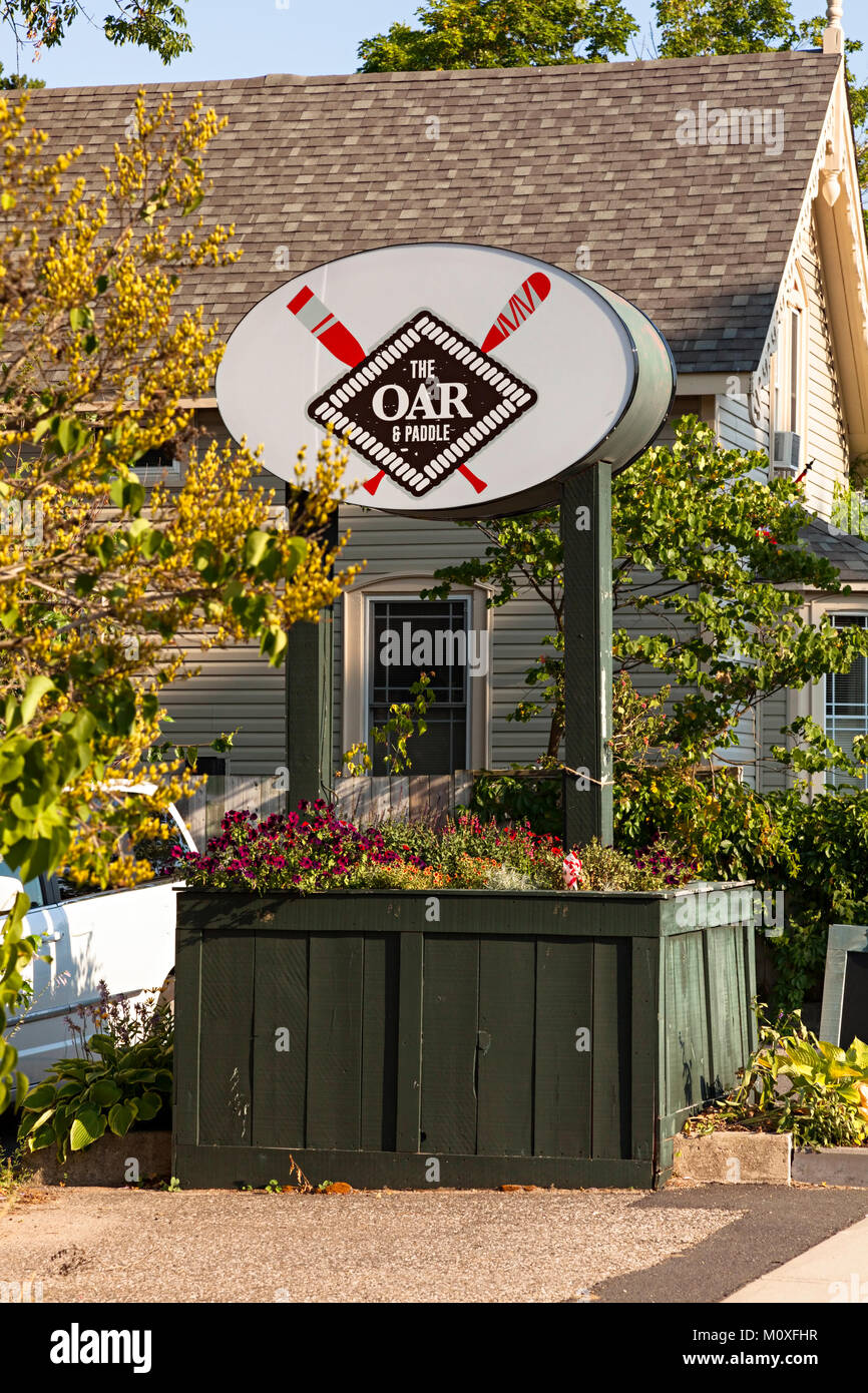 The Oar & Paddle Restaurant in Gravenhurst, Ontario, Canada. - Stock Image